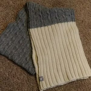 American Eagle winter scarf